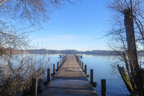 picture of a jetty illustrating the article about the DFGE csr handbook