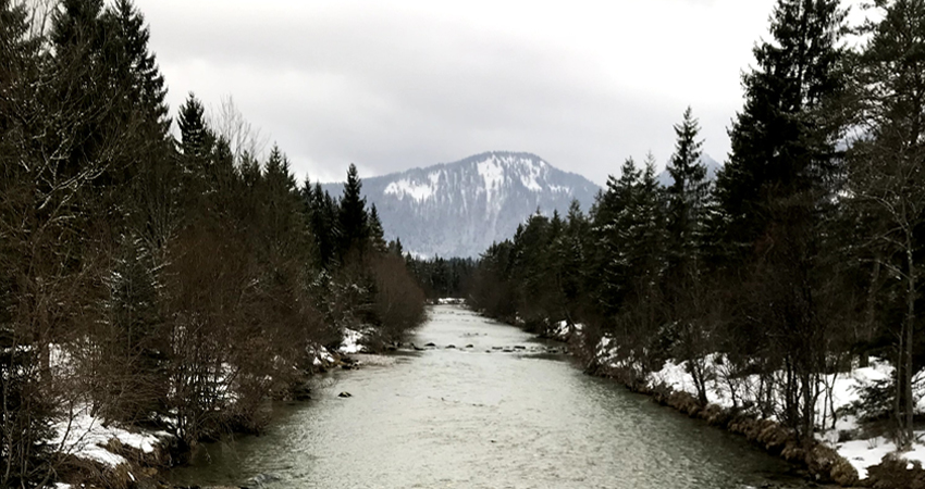 picture of a river in winter visualizing the blog article CDP europe Awards